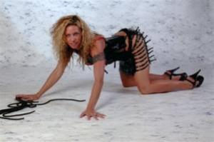 Stripperin am Boden