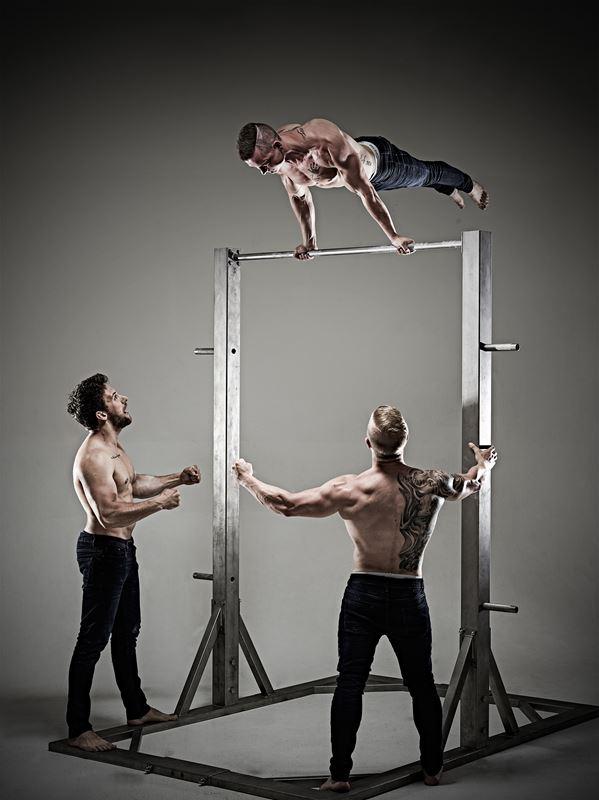 Akrobatik Stripper